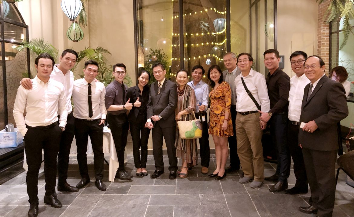 ceo-wine-club-vietnam-wine-tasting.jpg